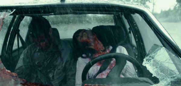 Still of Alysson Paradis unconscious in a car from Inside (2007)
