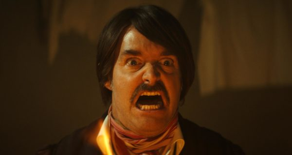 Will Forte snarling