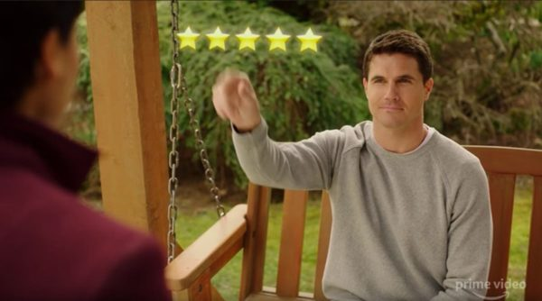 Nathan (Robbie Amell) gives his Angel Nora (Andy Allo) 5 stars in the air