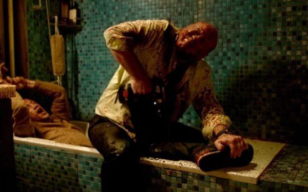 Vitaliy Khaev's Andrey drills into Matvey (Aleksandr Kuznetsov)'s leg in the bathtub